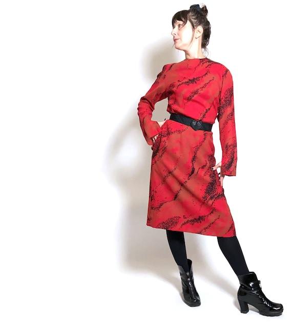1980s Pauline Trigere Wool Printed Dress - image 10