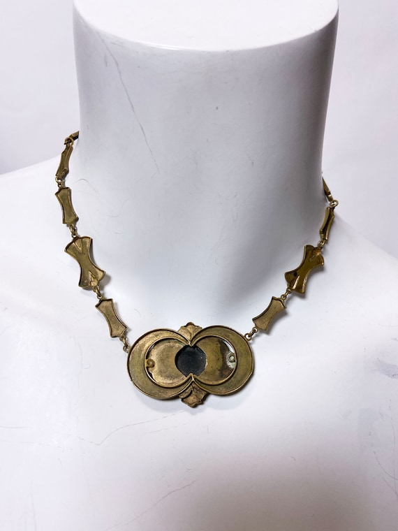 1930s Brass Silhouette Cameo Necklace - image 10