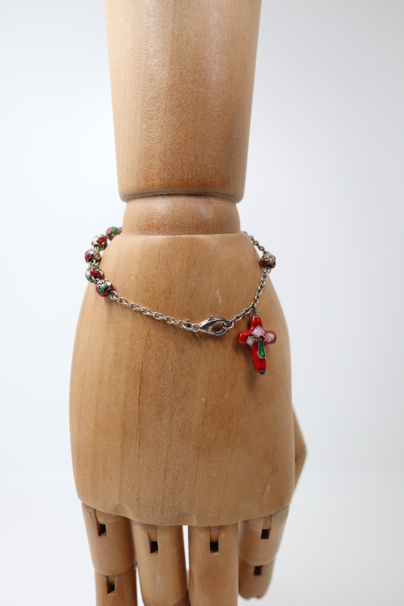 costume jewelry Vintage bracelet of red cloisonn\u00e9 enamel beads pre-owned