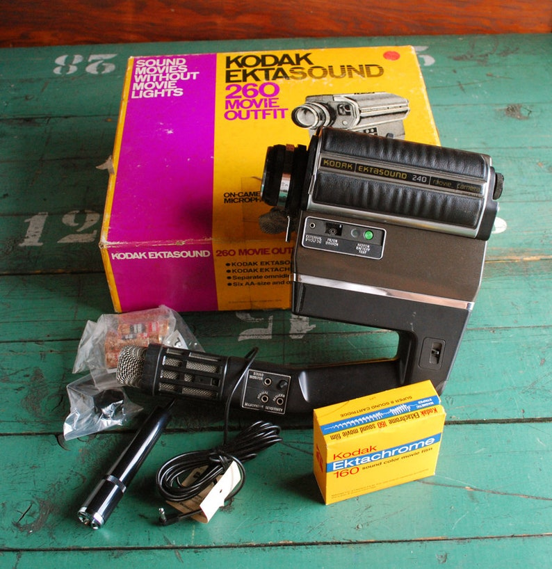 Kodak Ektasound 240 Super8 Movie Camera Outfit in Box
