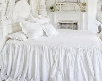 Ruffled BedSpread | Matelasse' Bedding | Chenille bedding | Shabby Chic Bedding | Ruffled BedCover | Ruffled Coverlet | Ruffled Bedding