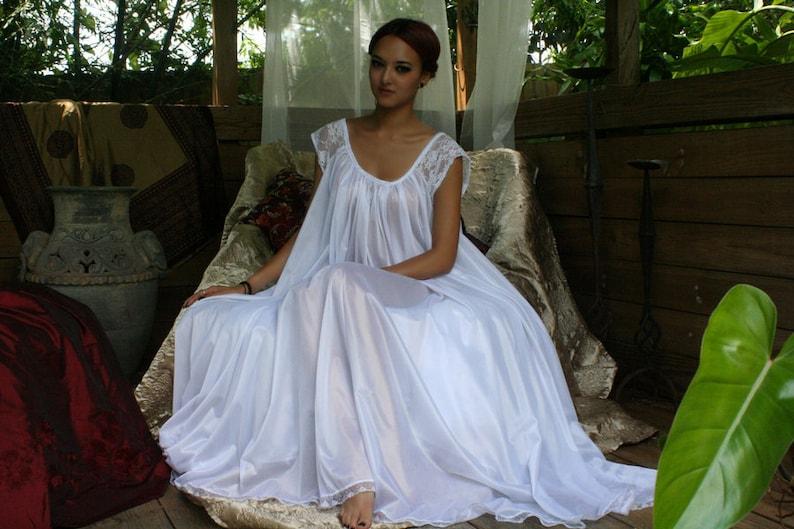 879f4baa52 White Full Swing Nightgown Romantic Lingerie Bridal Wedding