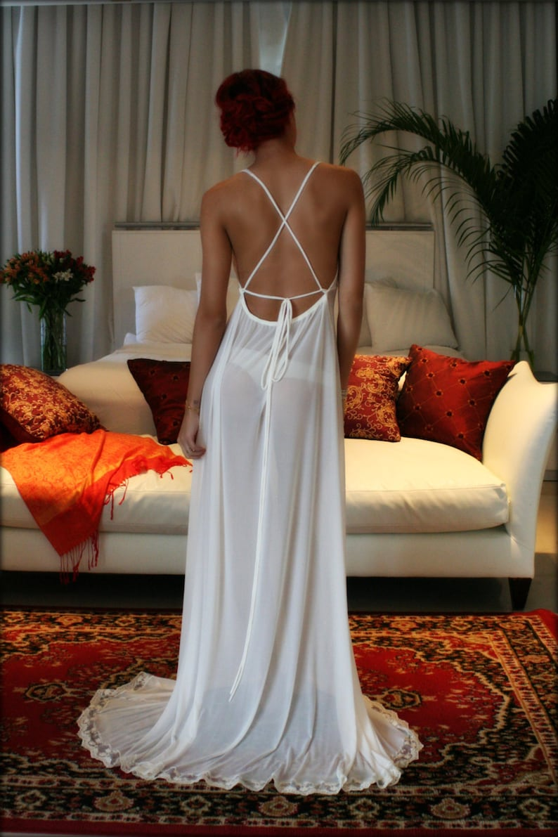 Bridal Nightgown Backless Bridal Lingerie Sleepwear Wedding  3d098ccf0