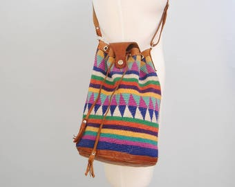 Vintage Woven Bucket Bag 90s Ethnic Woven Kilim Bucket Purse Crossbody Shoulder Bag Tote