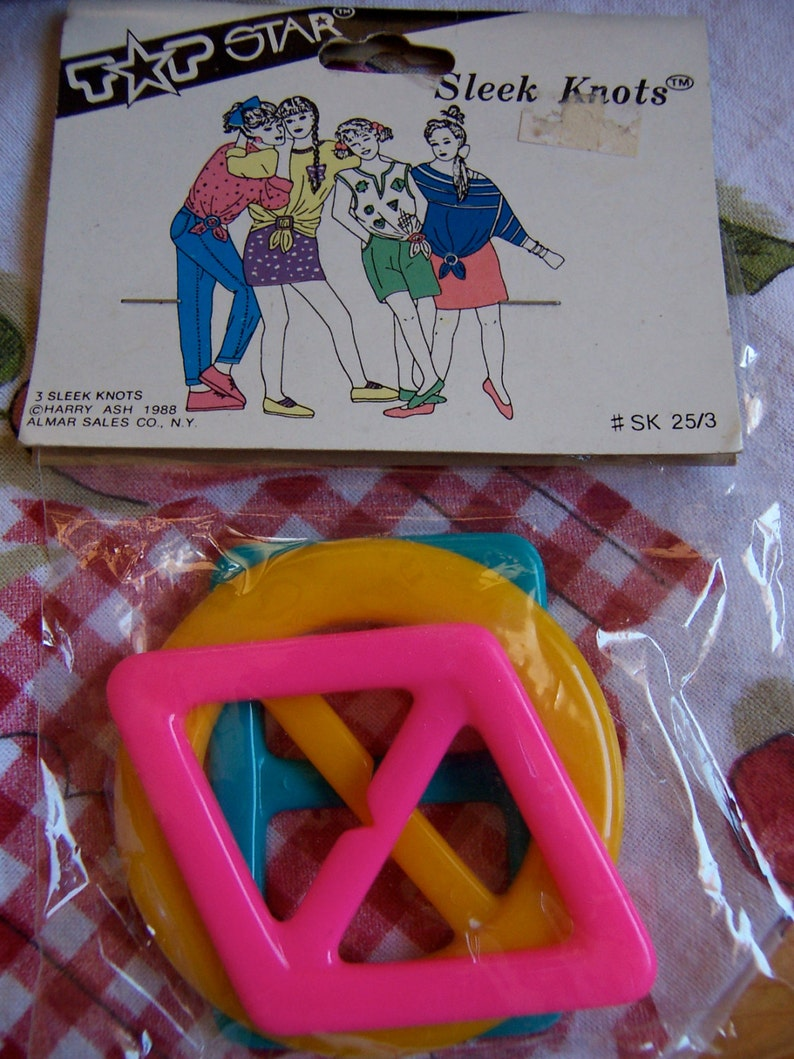 belt knot holders