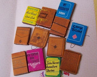 dollhouse furnishings tiny books