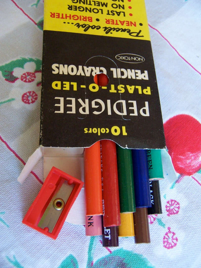 crayons  pedigree plast o led pencil crayons