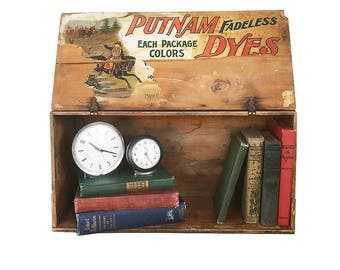 Early 20th Century Putnam Fadeless Dyes Wooden Crate, Retail Display Case, Wood Box, Mercantile Display