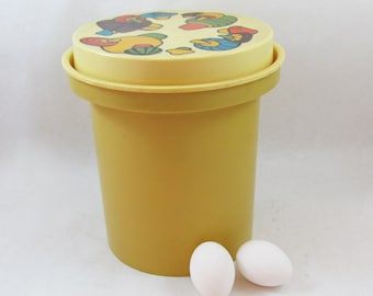 Large 1970s Rubbermaid Plastic Kitchen Canister - Mushroom Graphics