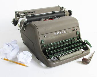 """1954 Royal Model HHS Full Size Office Typewriter with Rare """"All Caps"""" font"""