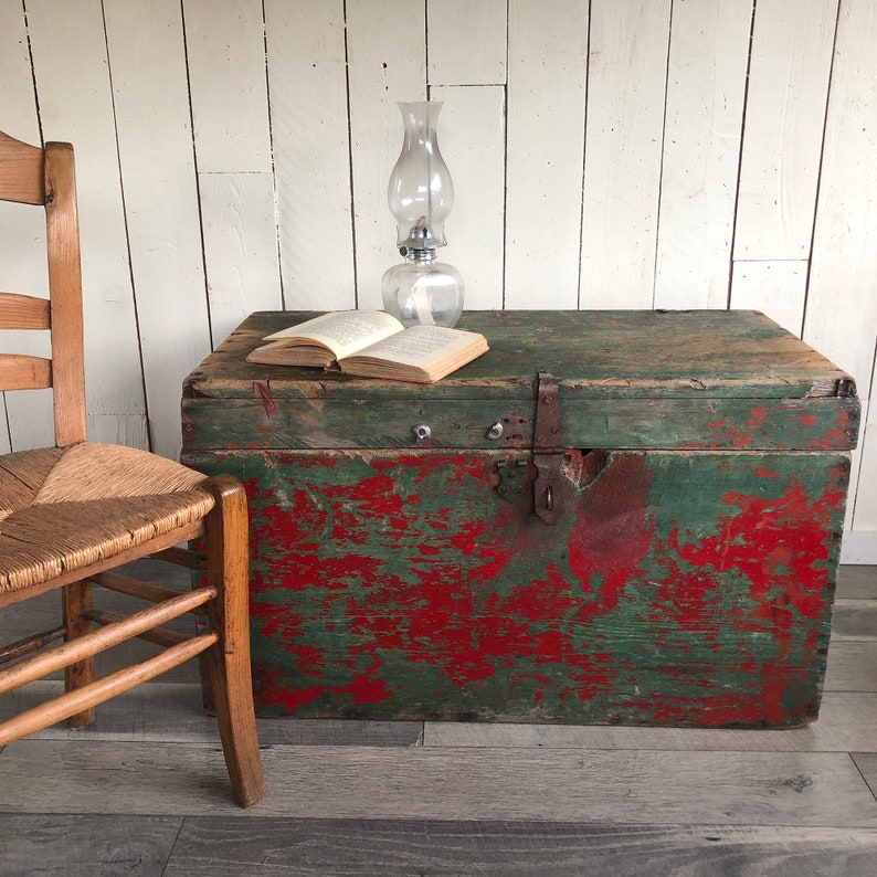 Rustic Primitive Storage Trunk Shabby Distressed Farmhouse image 0