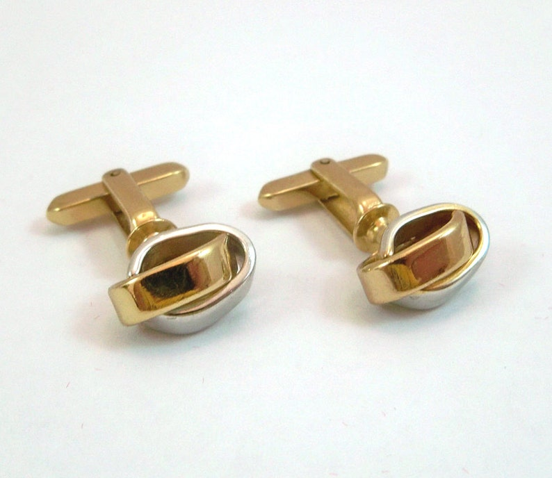 Vintage Cuff Links With Gold & Silver Interwoven Rings  FREE image 0
