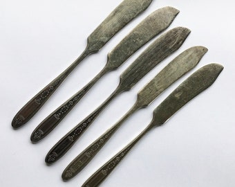 Vintage Set of 5 Butter Knives -  Oneida Community Plate Silverware, 1921 Grosvenor Pattern, Silver-plated Replacement Flatware