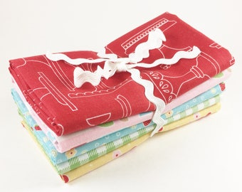 Bake Sale 2 Fat Quarters - Riley Blake Bake Sale Fabric by Lori Holt - 5 pc Fat Quarter Bundle - Momma's Aprons Colorway