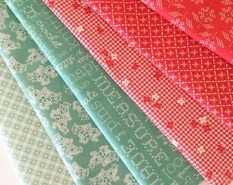 Lori Holt Stitch Fabric Fat Quarter Bundle - 6pc Retro Christmas Colorway Bundle