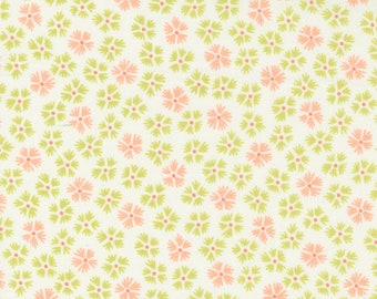 Strawberries & Rhubarb Fabric by Fig Tree and Moda - Green and Coral Pink Daisy Floral Fabric by the 1/2 Yard or Fat Quarter