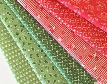 Lori Holt Stitch Fabric Fat Quarter Bundle - 6pc Christmas Colorway Bundle