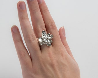Silver Flower Ring, Sterling Silver Wide Band with Beautiful Texture, Size 7.5