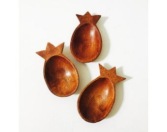 Vintage Wood Pineapple Dishes / Set of 3