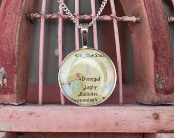 Vintage Ireland Map Necklace - Donegal