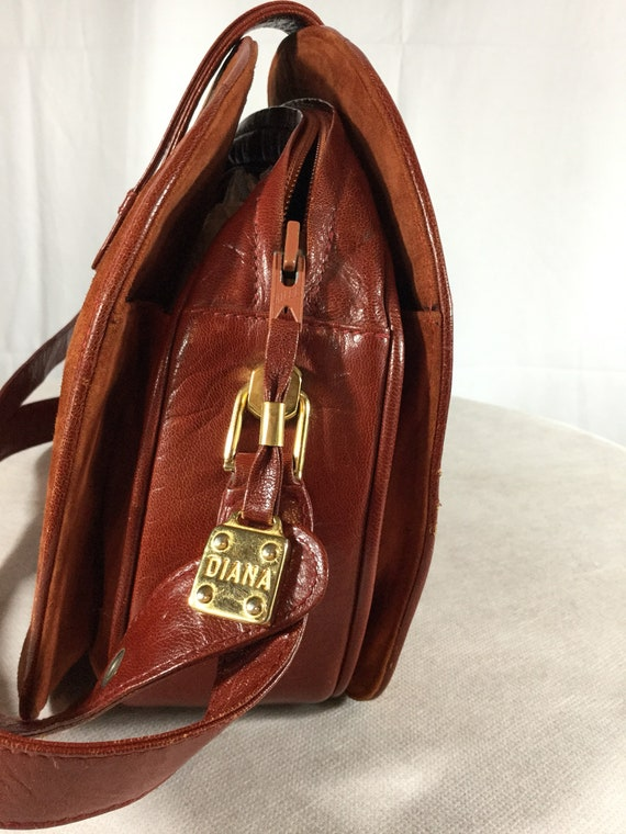 Vintage Bally Lady Diana Leather Suede handbag - image 10