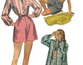 1940s Three Piece Playsuit Pattern  SIMPLICITY 3462  Shirt, Shorts and Bra Vintage Sewing Pattern  UNCUT, Factory-Folded  Bust 30