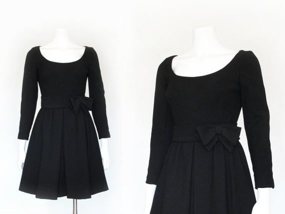 1960s Fall / Winter Dress | 60s Little Black Dress