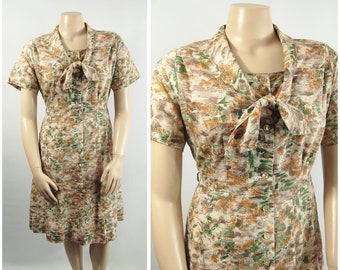 Late 50s Novelty Print Shirtwaist / 36 waist / Collared Dress Button Front Early 1960s Tuscany Cottage Scenic Taupe Black White Orange Green