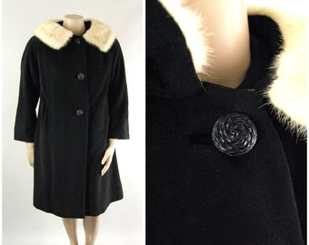 1960s Cashmere Wool Coat with White Mink Collar / XL Plus Size Volup / Early to Mid 1960s Winter Coat 3/4 Length Sleeves Fur Collar