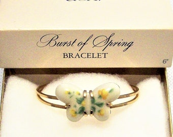 """Avon Flower Butterfly Cuff Bracelet Bangle Gold Tone Vintage Small 6"""" Porcelain Open Double Curved Bands"""