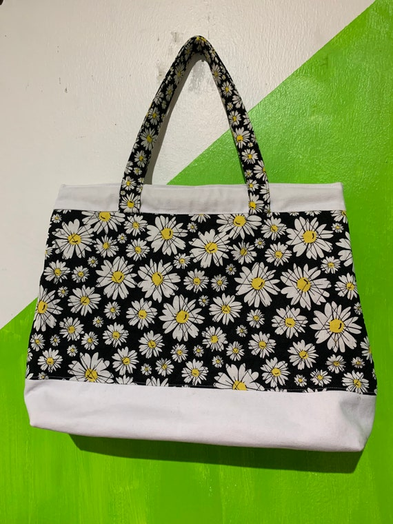 Flowers Daisy Quilted Tote bag Sustainable Made with Upcycled materials