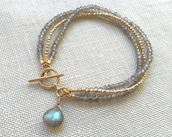 Solid 14k gold and labradorite bead bracelet