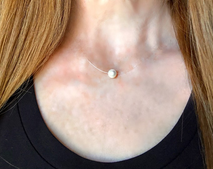 Floating Pearl Necklace | Cultured Pearl on Monofilament