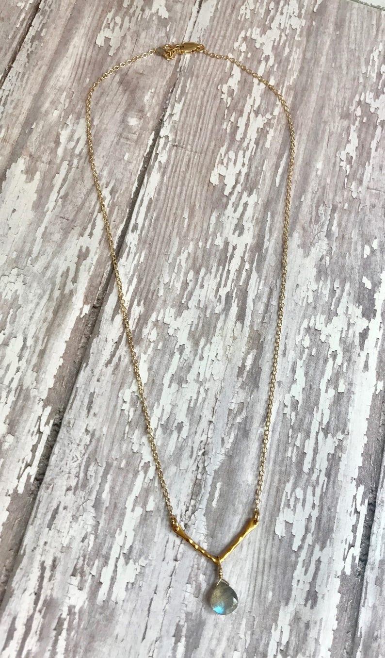 Geometric Necklace with Labradorite Gemstone