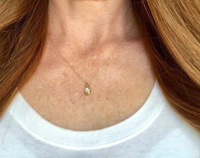 Diamond and 18 Karat Gold Pendant Necklace