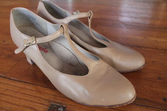 CAPEZIO T-Strap Mary Jane Dance shoes/Character Sh