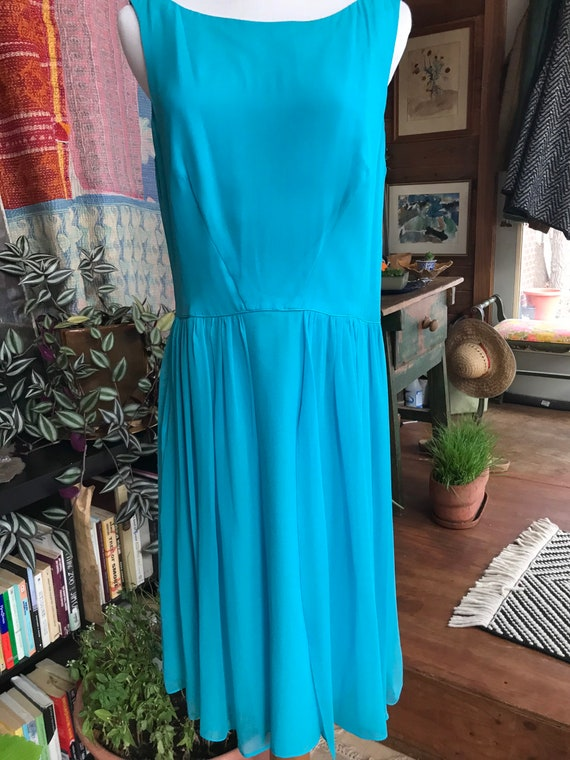 90s does 50s Blue Chiffon Cocktail Dress - image 10