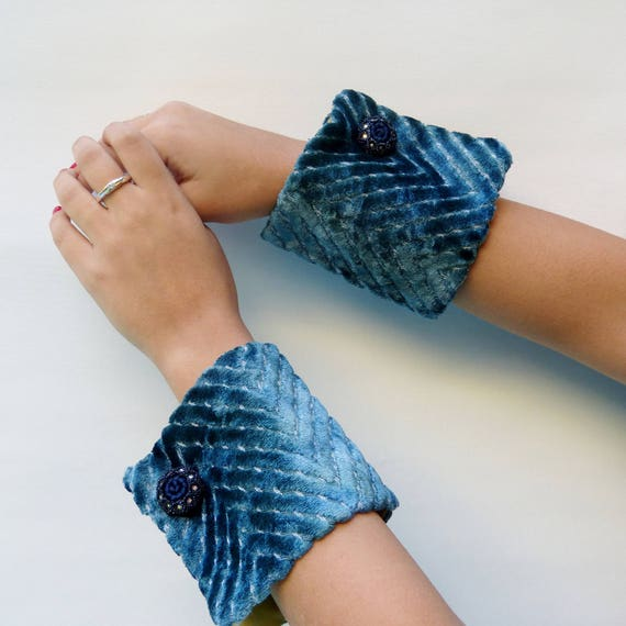 fabric jewelry, fashion cuffs, custom wrist corsage bracelet