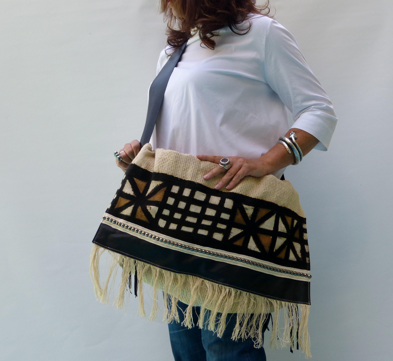 One-of-a-kind crossbody handbag eed0eefb3ecce