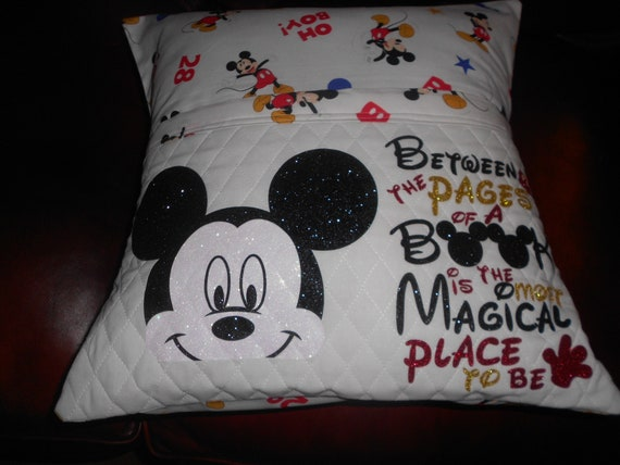 Mickey  Reading Pillow