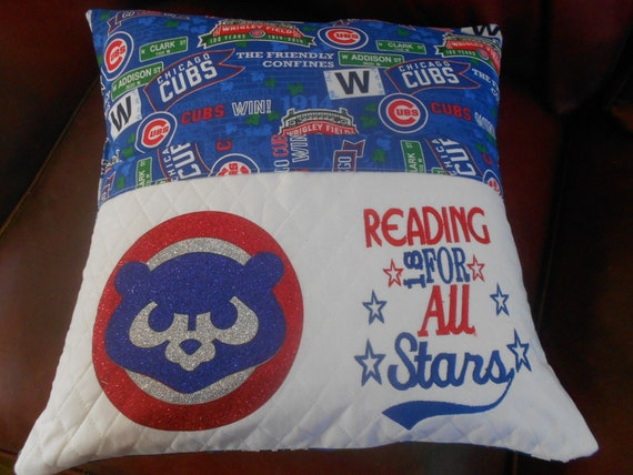 Chicago Cubs Reading Pillow