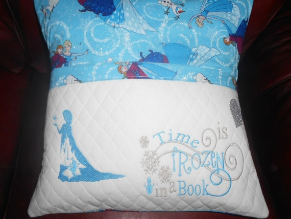 Elsa Frozen Reading Pillow