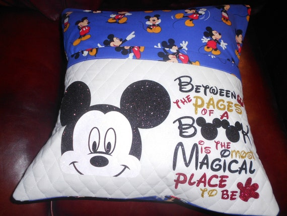 Mickey  Mouse  Reading Pillow