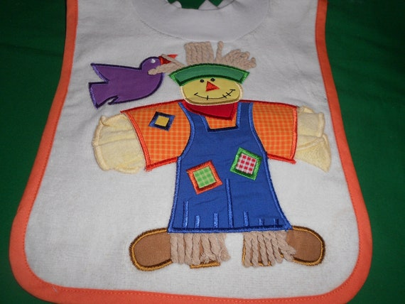 Scarecrow with Washcloth, over the head bib