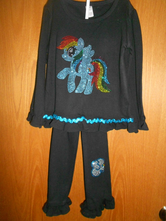 SALE 2 piece outfit Size 4 only pony  in Rhinestones