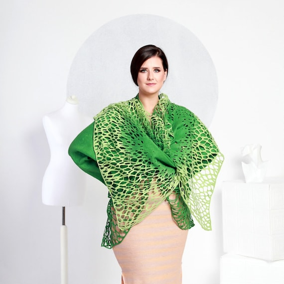 Regina Doseth Felted grass wraps jacket Europe tea lace Alar green handmade in large exclusive comfortable XL original handmade Lithuania SHRPSqW