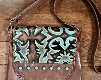 Western Style Embossed Leather Crossbody Bag 94eb081d317d0