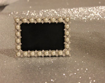 30d2f3a6e5ae Set of 20 PEARL FRAMES Frame Mini Table Numbers Silver Chalkboard Glass  Photo Picture Jeweled Vintage Style Glam Favors Placecards Seating