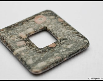 43mm Pink and Grey Fossil Stone Puff Square Donut