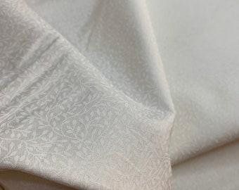 Patchwork fabric - Makower - Essentials - White / White Mini Leafs